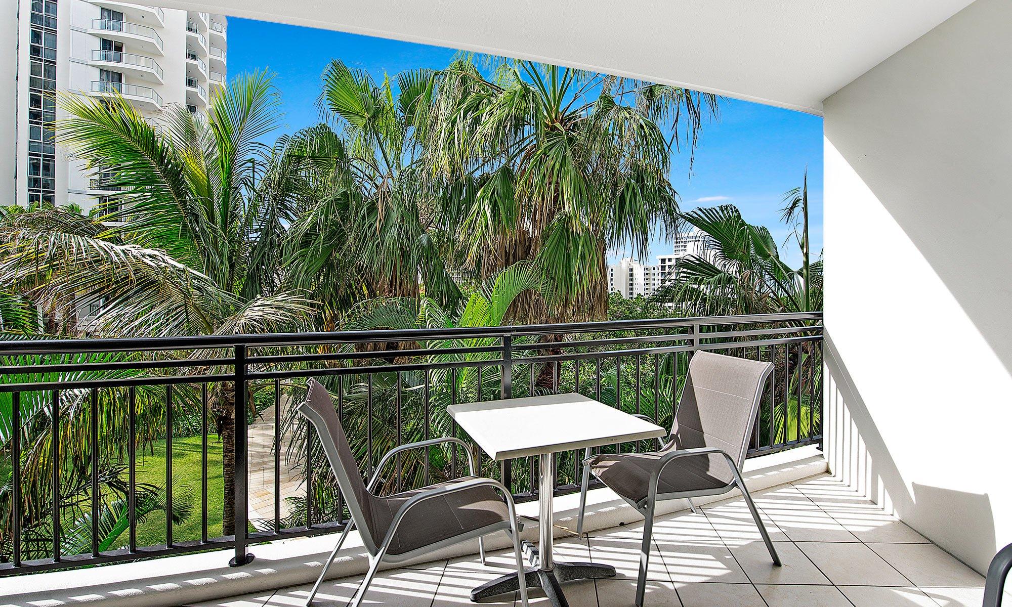 Gold Coast real estate for sale Chevron Renaissance 3073 balcony setting