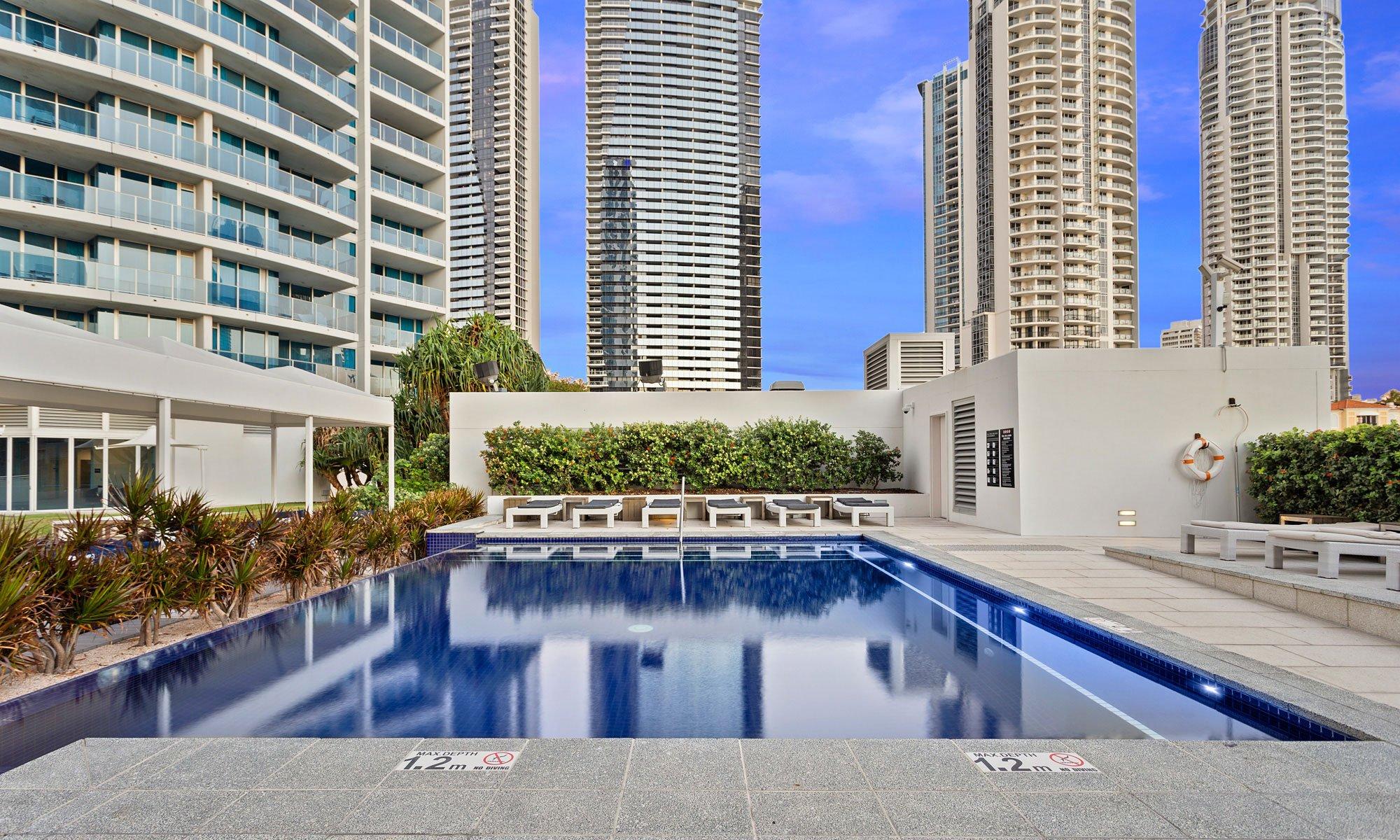 H Residences above Hilton Surfers Paradise facilities plunge pool