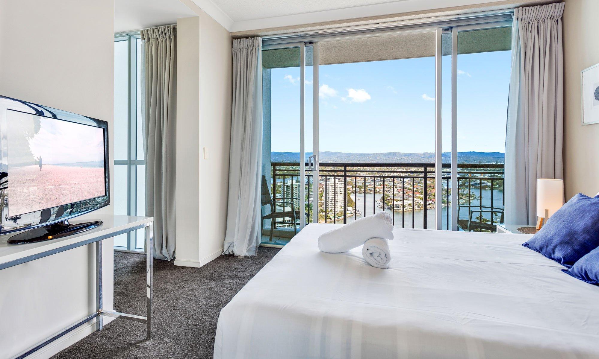 Gold Coast real estate for rent Chevron Renaissance 3237 main bedroom