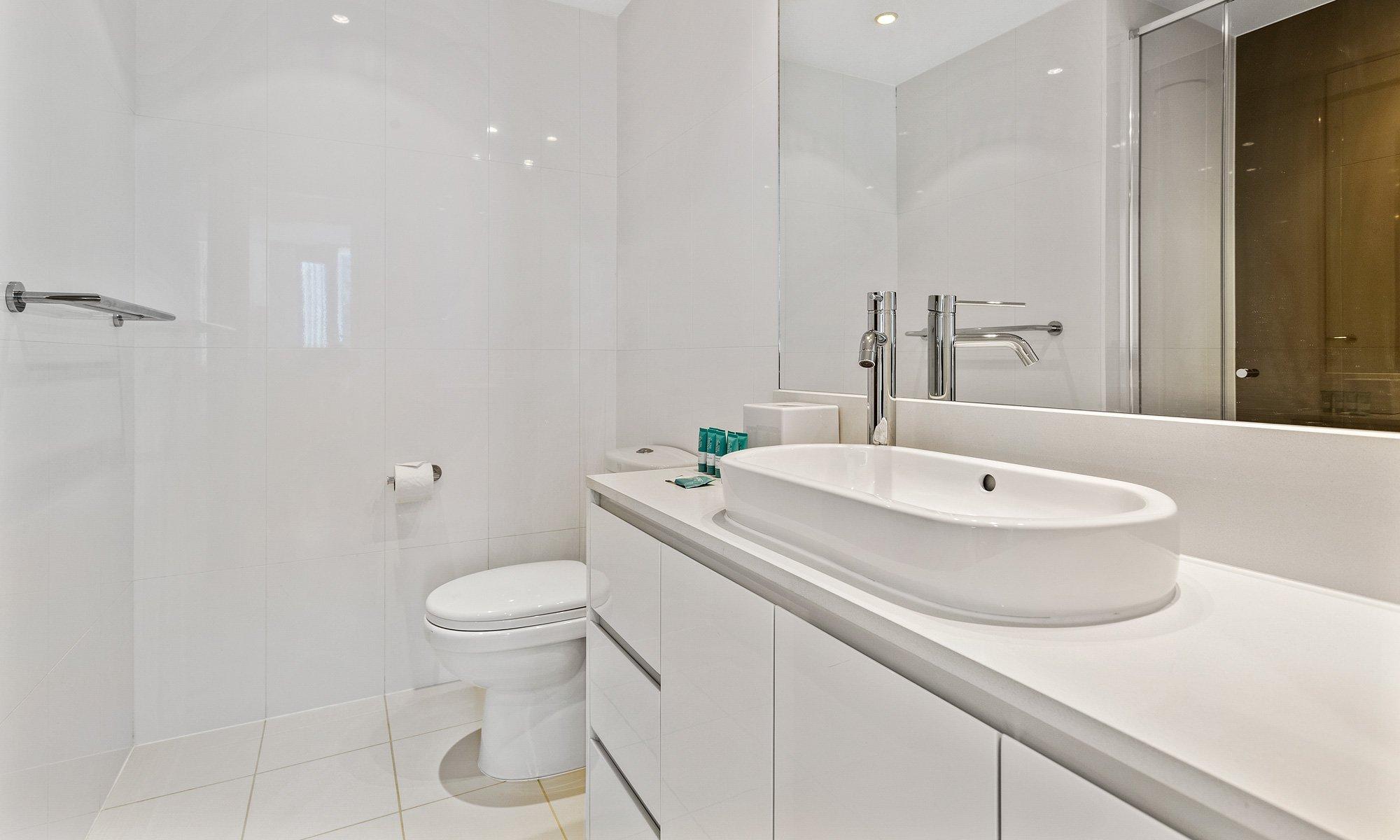 Gold Coast real estate for rent H Residences 21903 above Hilton Surfers Paradise ensuite