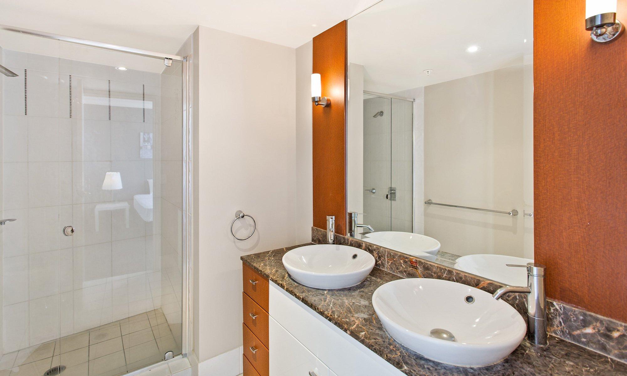 Gold Coast Real Estate for rent Chevron Renaissance 2234 ensuite